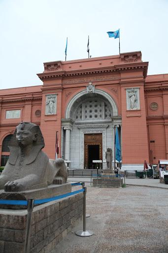 فى مصر الرجل تدب مكان ماتحب ( خاص من أمواج ) IMG_1532