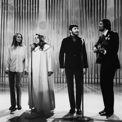 24 сентября 1967 «Mamas и Papas» на шоу Эда Салливана