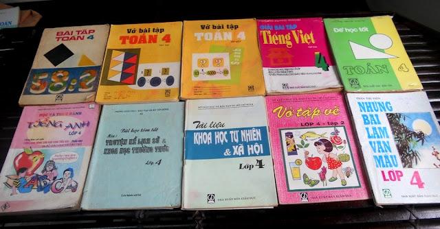 Sách giáo khoa tiểu học cũ - nơi lưu giữ từng trang ký ức DSCN2728