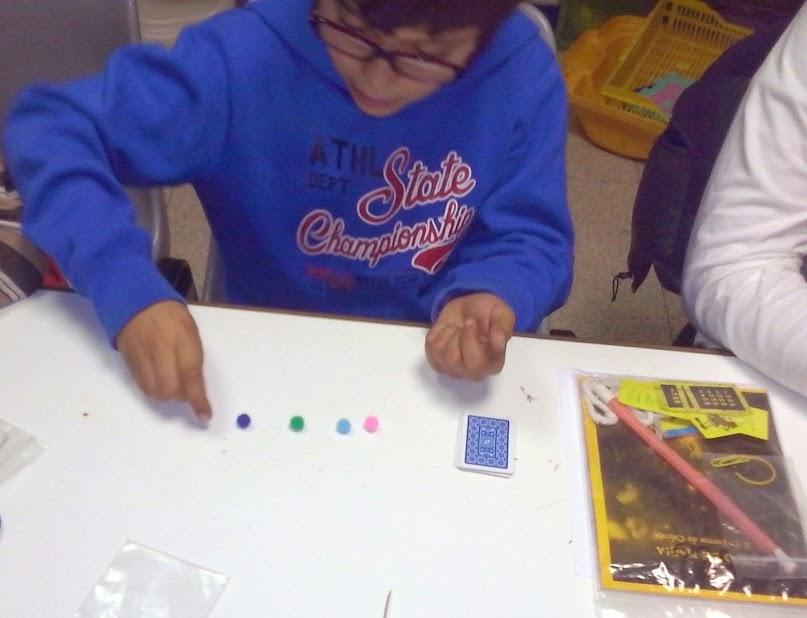 niño en taller de magia Madrid