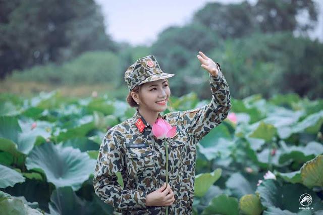 Nữ đặc công xinh đẹp gây thương nhớ khi tạo dáng bên đầm sen - #Hot-Girl.info