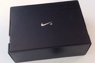 nike lunar hyperdunk 2012 black blue 6 01 Nike Lunar Hyperdunk+ Sport Pack Packaging Contents