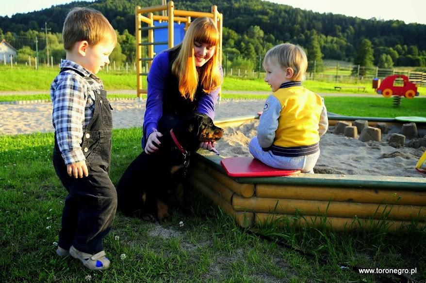 Rottweiler i dzieci