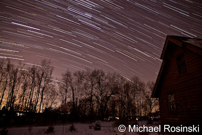 IMAGE: https://lh4.googleusercontent.com/-sApB1WRgOpY/TU5v-puneNI/AAAAAAAANjY/NtCVf0Io6sw/s400/South%2520looking%2520StarTrails-%25202-4-2011%2520%252010%253A30pm%252045min%2520exposures.jpg