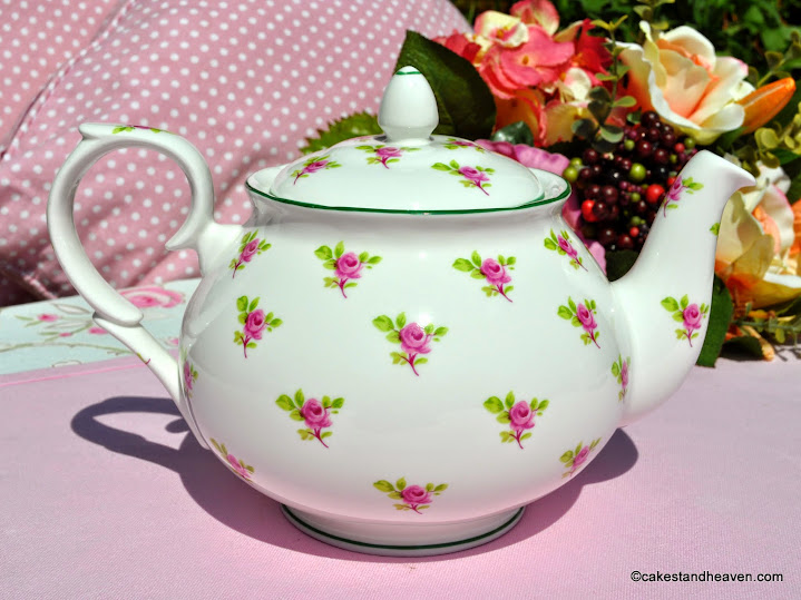 Fine Bone China Green Rim Teapot