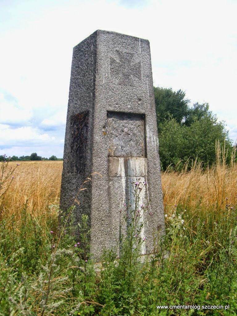pomnik pierwszowojenny w Załomiu