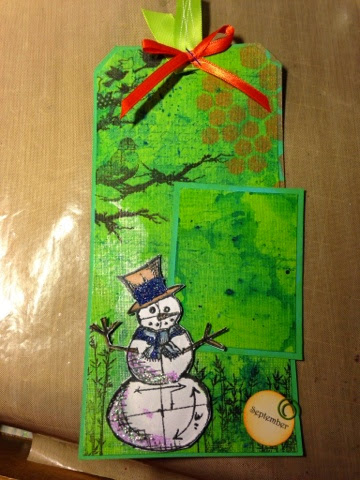 September Snowman tag, gelatos, dylussions spray