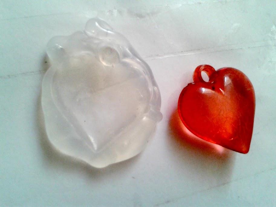 Haz tus propios moldes de silicona caliente for Pistola de pegamento o de silicona