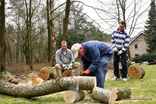 houthakkersmeewerkdag overloon 3-03-2012 (63).JPG