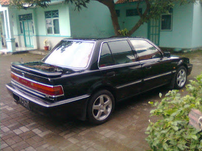 JUAL SEDAN GRAND CIVIC TH 1991 MATIC SANGAT ISTIMEWA