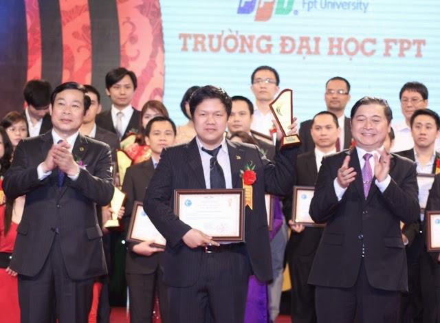FPT Polytechnic nhận Giấy chứng nhận Sao Khuê 2013
