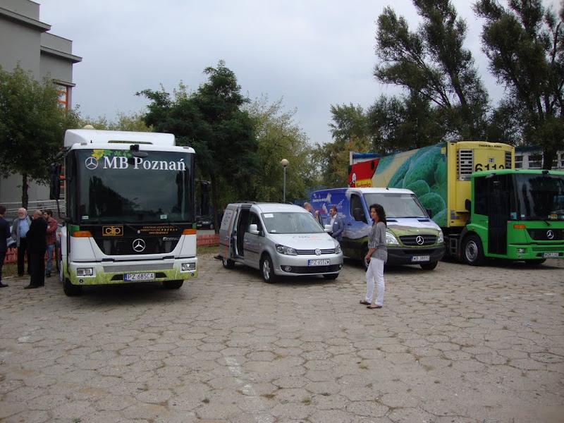 Na wystawie prezentowano pojazdy osobowe, dostawcze, ciężarowe i autobusy