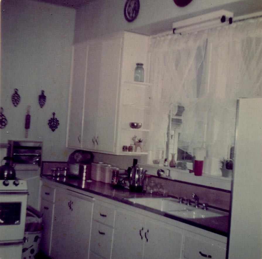Grandmothers Kitchen: Locke-Touby Family History: Grandma Touby's Apple Crisp