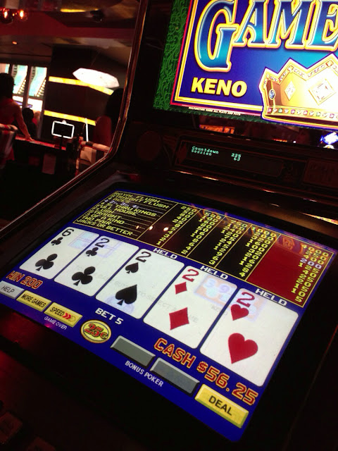 VIdeo Poker at the Golden Nugget