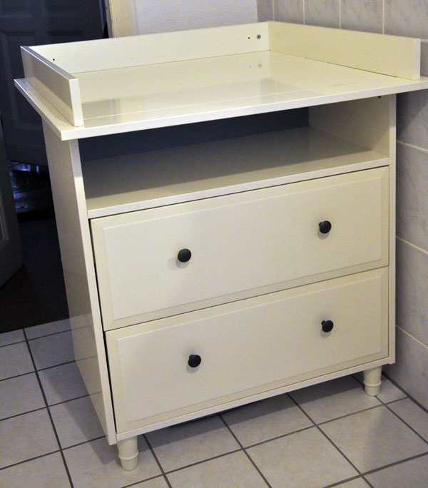 solide ikea hemnes kommode wickelaufsatz wie neu und hohe qualit t ebay. Black Bedroom Furniture Sets. Home Design Ideas