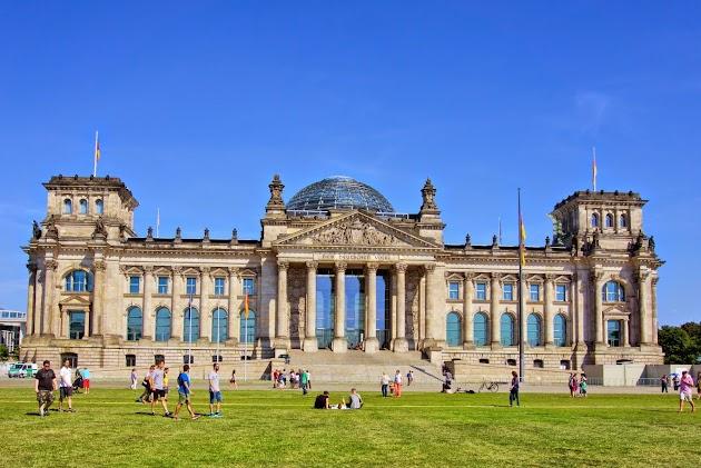 Rundflug über die Hauptstadt Berlin