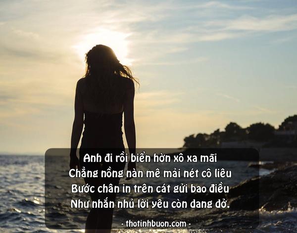 Ảnh status cô gái buồn trước Biển, stt thơ 4 câu về Biển hay