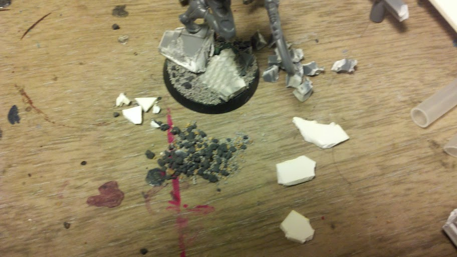 Urban ruin bases on the cheap.(Pic heavy) 2011-11-29_18-37-00_733