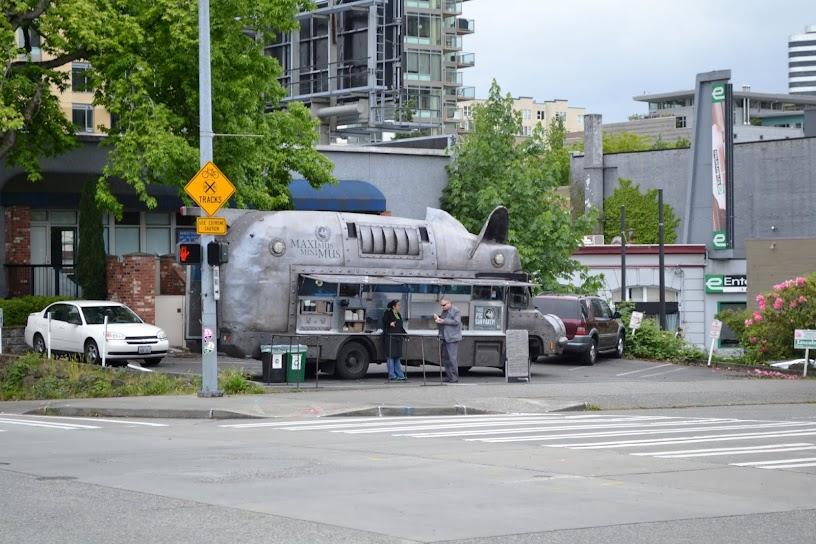 Ресторан на колесах Maximus-Minimus. Сиэтл, штат Вашингтон