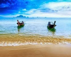 deux bateaux sur la mer