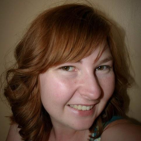 Amber Cummings Photo 35
