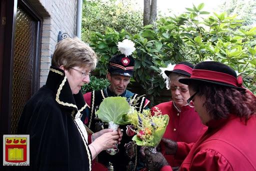 Koningschieten Sint Theobaldusgilde overloon 01-07-2012 (128).JPG