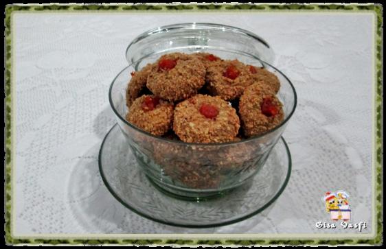 Biscoito de aveia com geleia e castanhas de caju 1