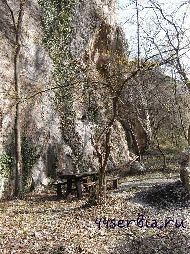 Путь в Сокоград, Место для отдыха