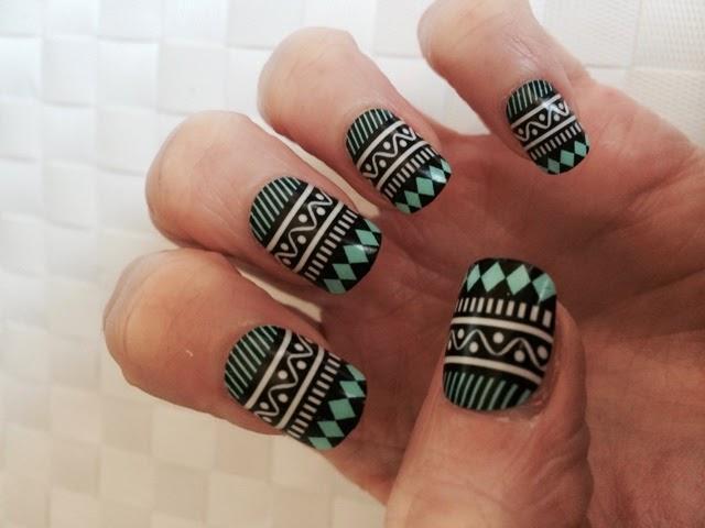 Primark-false-nails-Naileen-Ultra-Adhesive-Tabs