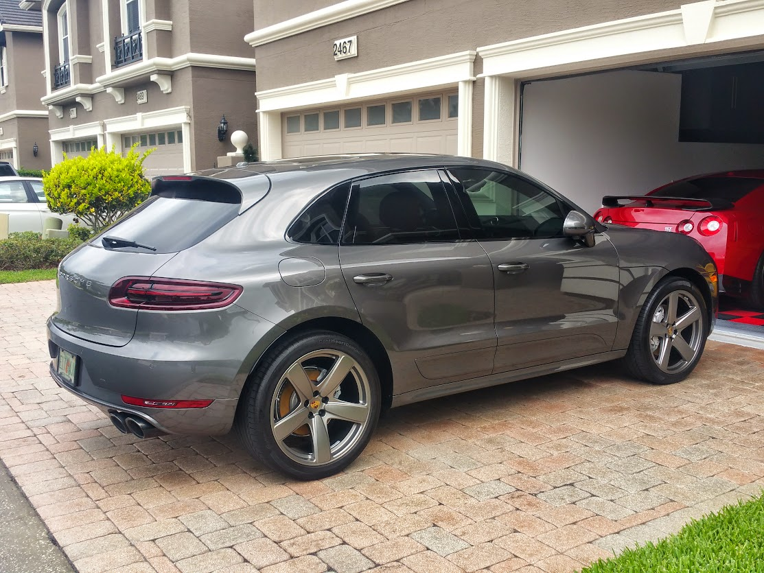 porsche macan forum nice clean and shiny now waiting on the rain. Black Bedroom Furniture Sets. Home Design Ideas