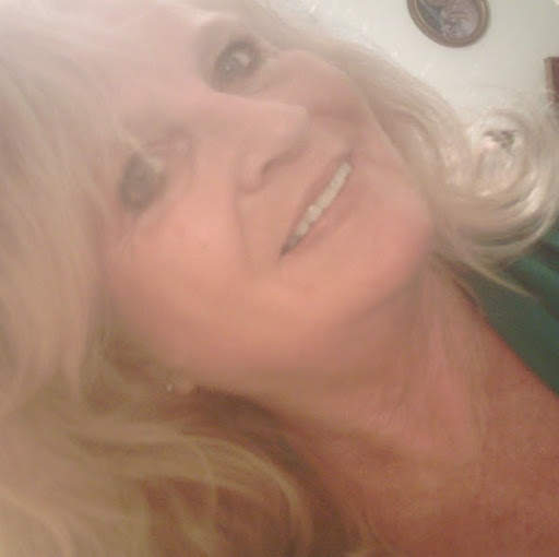 Linda Nixon Photo 16