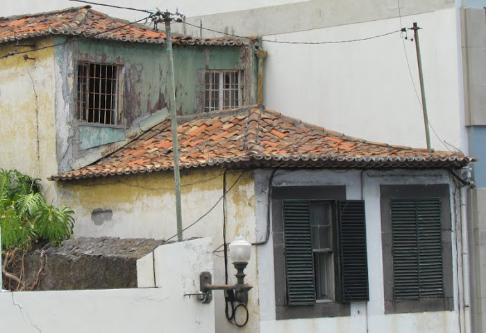 old houses in Funchal center