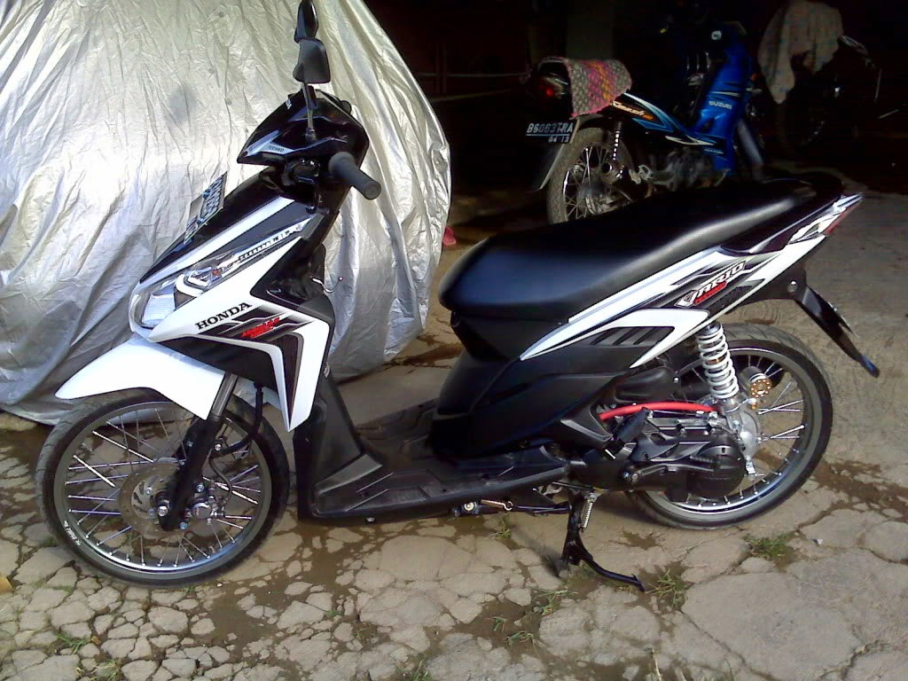 Vario 125 Modifikasi Velg 17
