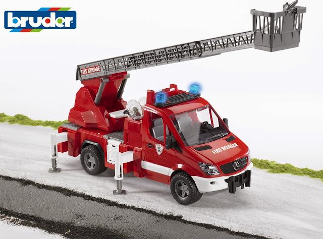 Xe cứu hỏa có thang BRU02532 có thể chơi trong nhà hoặc ngoài trời