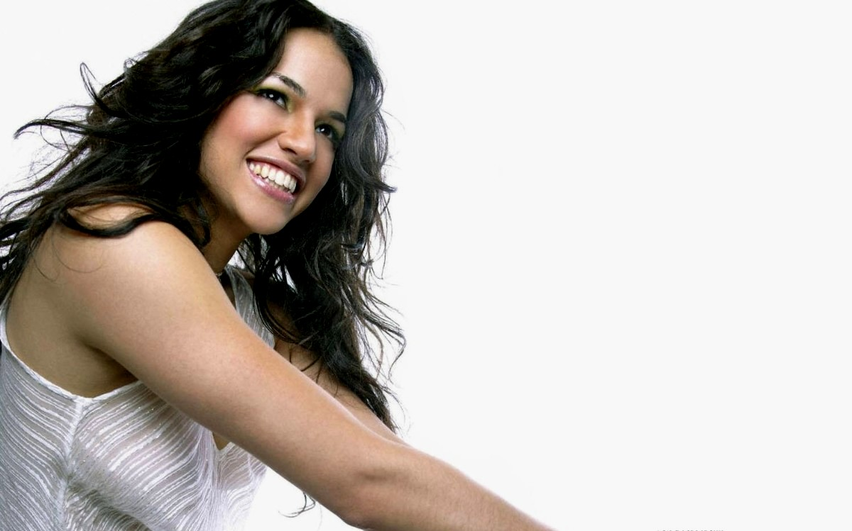 Michelle Rodriguez widescreen wallpapers 1