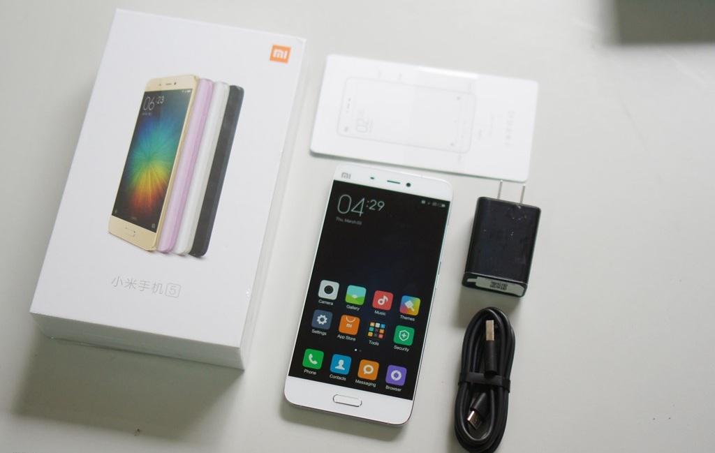 Hình ảnh khui hộp Xiaomi mi5 tại Việt Nam với giá bán trên 10 triệu đồng - 112942