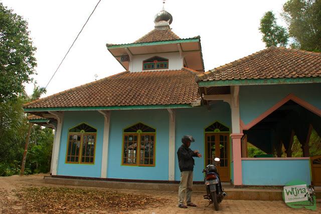 Perjalanan ke Kalirejo menuju Curug Benowo, di Desa Bener, Purworejo, Jawa Tengah