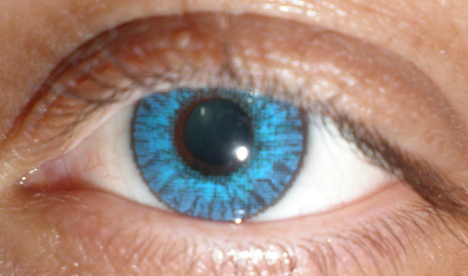 how to get blue eyes in one day