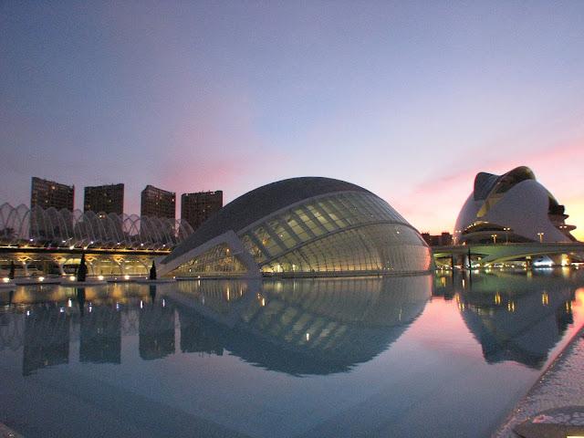 La Ciudad de Las Artes y Las Ciencias (sunset)