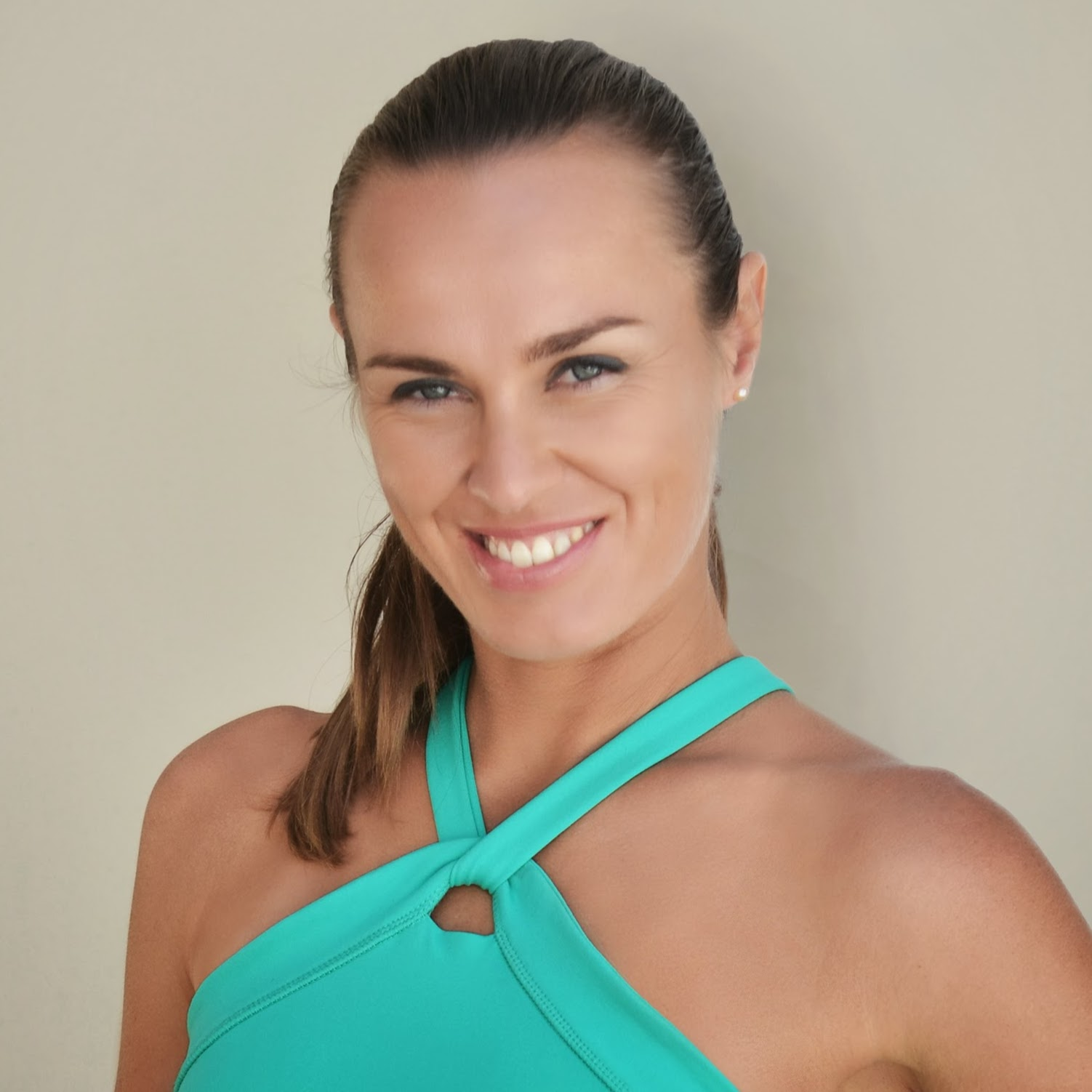 Classify and vote for all regions Martina Hingis could pass in