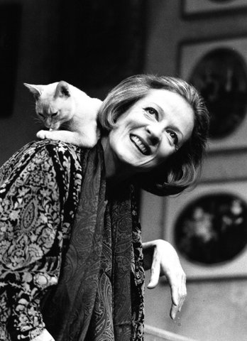 Maggie Smith and a cat