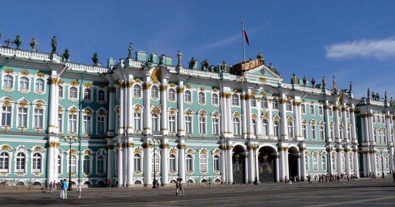 Luoghi da non perdere san pietroburgo palazzo di - San pietroburgo russia luoghi di interesse ...
