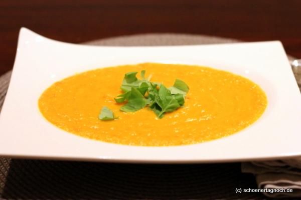 kürbis mango suppe
