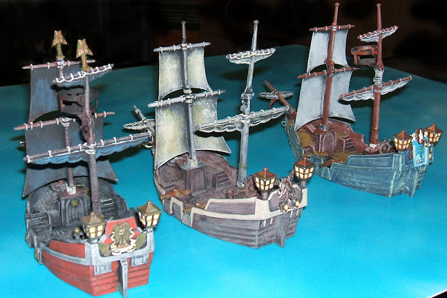 2011-12-16-weapons-and-warriors-siege-pirate-battle-painted-brigantines-stern-view.jpg