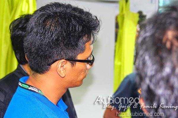 Lelaki kacak blogger Ariff Shah