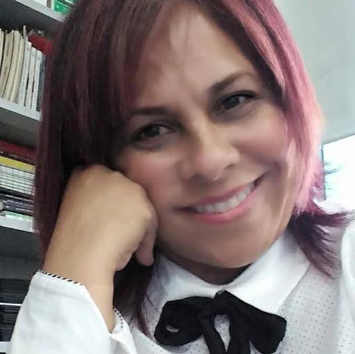 Lina María picture