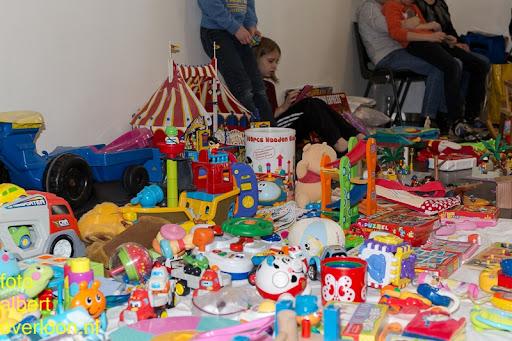 Kindermarkt - Schoenmaatjes Overloon 09-11-2014 (43).jpg