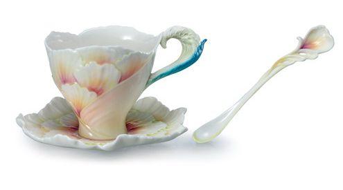 فناجين القهوة بالنكهة الصينية روعة الابداع في الفن والتصنيع