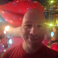 Adam Skoglund's avatar