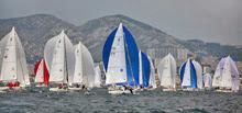 sailboats on right sailing